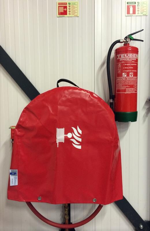 Deze hoes is geschikt voor bescherming van de brandslanghaspels tegen vuil, vocht en uitdroging.